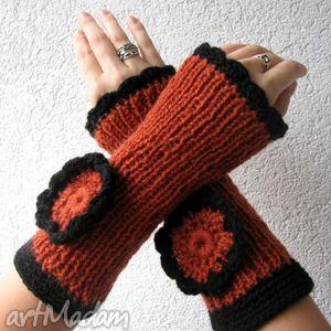rude mitenki - rękawiczki, mitenki, kwiat, druty, dzydełko