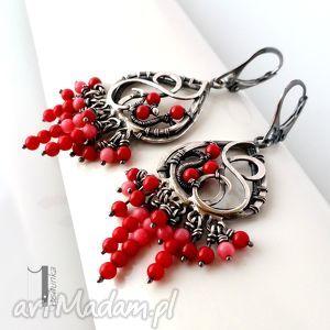 sorbus i - srebrne kolczyki z koralem - wirerwapping, ekskluzywne, czerwony