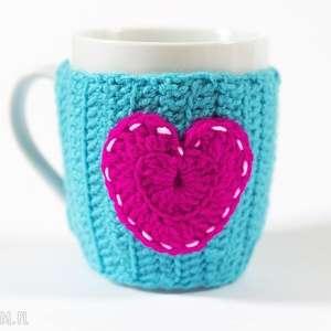kubeczek w sweterku, kubek, ocieplacz, walentynki, sweterek, serce, miłość