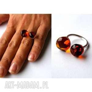 biżuteria pierścionek srebrny z bursztynem - prezent, bursztyn, biżuteria