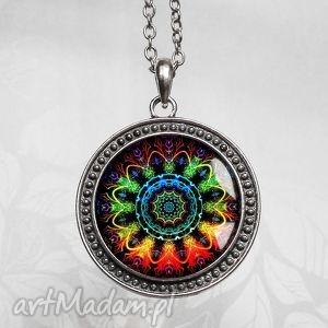 MANDALA :: duży wisiorek z łańcuszkiem - unikat, medalion, okrągly, okazały, kolor
