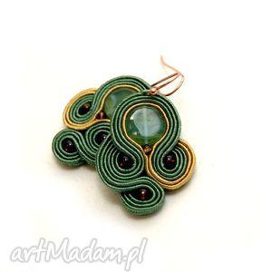 małe kolczyki sutasz, soutache, zielone, brązowe, sznurek, eleganckie, beżowe