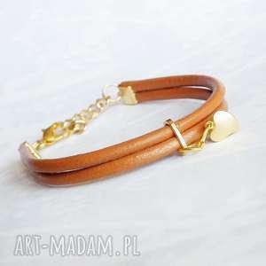 Skórzana bransoletka ze złotym serduszkiem, skóra naturalna, pozłacane elementy