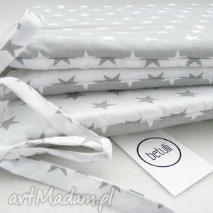 ręczne wykonanie pokoik dziecka ochraniacz do łóżeczka scandi gwiazdki biało - szare