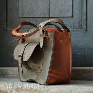 na ramię duża damska torba kuferek w kolorach khaki i rudy, idealna torebka