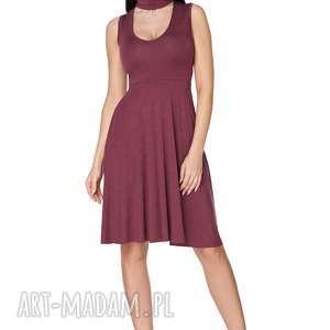 Sukienka rozkloszowana wiązana na szyi bordowa T237, sukienka, rozkloszowana,