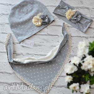 cienki komplet dla dziewczynki czapka i komin trójkąt - czapka, komin, szalik