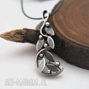 wisiorki splątane srebrne gałęzie, las, natura, liście, wisior, fantasy