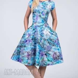 Sukienka STAR Midi Markiza , żakard, kwiaty, ornament, rozkloszowana, kieszenie, koło
