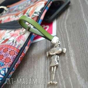 skórzany brelok do kluczy girl zielony, brelok, kluczy
