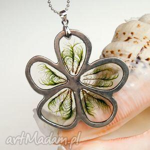 naszyjniki 1001 naszyjnik kwiat z prawdziwym mchem, naszyjnik, zmchem, żywica, boho