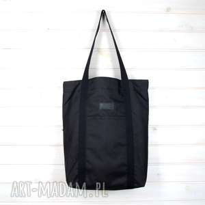Czarna pojemna torba wodoodporna klasyczna mocna na ramię godeco