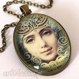 piękno - owalny medalion z łańcuszkiem - naszyjnik, kobiecy