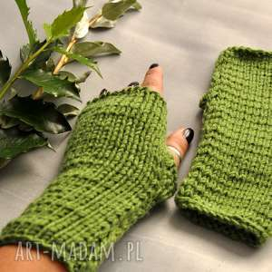 zielone mitenki (rekawiczki, jesienne dodatki, wełniane, nadrutach)