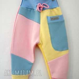 Prezent PATCH PANTS spodnie 74 - 98 cm pastele, recykling, bawełna, ciepłe, wygodne