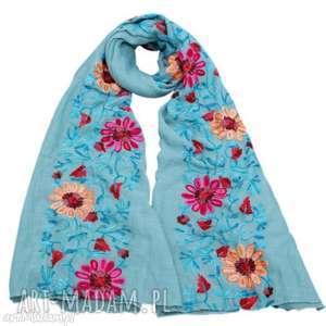 haftowany folkowy szal w kwiaty, szal, folk, haft, etno, boho, apaszka