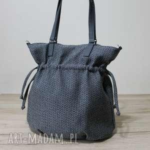 handmade pomysł na upominek hobo sack - sakiewka - tkanina w jodełkę