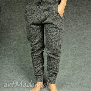 sportowe spodnie gray flowers - yoga, taniec, ciąża, ciążowe, wygodne