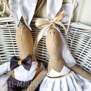 para ślubna prezent dla nowożeńców, nowożeńcy, para, młoda, prezent, wesele