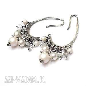perłowe grona - kolczyki, srebro oksydowane, perły swarovski, grona, kryształ