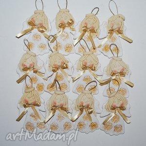 Prezent Złote róże - aniołki, róże, prezent, dekoracja, ozdoba, ślub