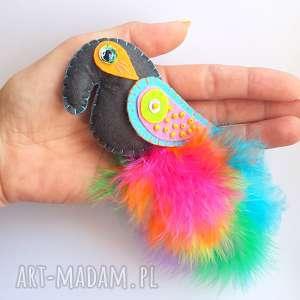 Rajski ptak - broszka z filcu i piór, filc, pióra, ptak, broszka, biżuteria, kobieta