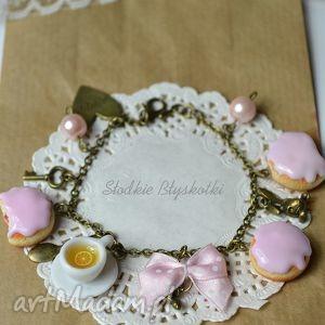 bransoletki pączusiowa bransoletka 3, pączki, słodycze, fimo, modelina, alicja