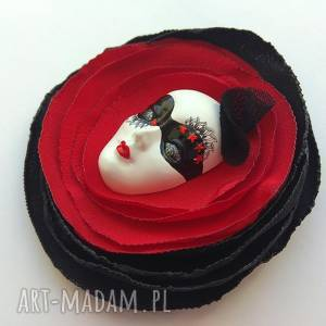 Prezent Broszka z Kolekcji Masquerade - XLVIII, maska, kwiat, róża, wecenka,