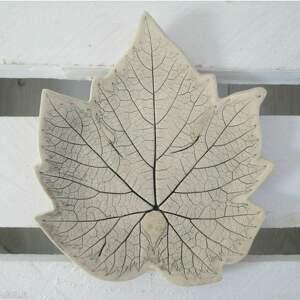 handmade ceramika winogronowy listek talerzyk