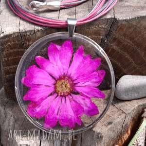 ręcznie robione naszyjniki naszyjnik z suszonym kwiatem wzór z33