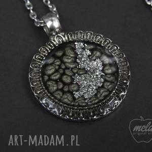 ~mela~ wisiorek z żywicy CIRCLE czarny srebr /0012, wisiorek, naszyjnik, medalion