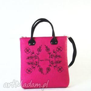 listonoszka carpe diem pink, listonoszka, haft, róż, amarant, mana