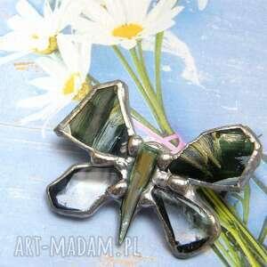 Broszka: mały, zielony motyl malowany broszki witrazka motyl