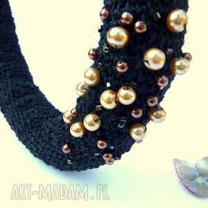 naszyjnik ze sznurka lnianego kolia z perłami, czarna, na szydełku