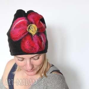 Prezent czapka handmade wełniana z kwiatem, czapka, merynosy, wełna, ciepła, kolorowa