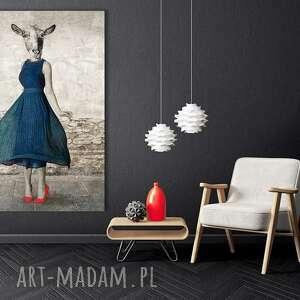 obraz drukowany na płótnie pani koza w granatowej sukience -duży format 80x120