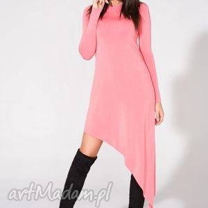 Sukienka asymetryczna, T152, różowa, sukienka, dzianina, wiskoza, asymetryczna