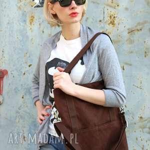 Brunatna prostokątna torba a4 z zamszu ekologicznego na ramię