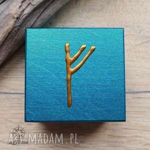 pudełka ręcznie malowane drewniane pudełko z runą - fehu, runa, runy