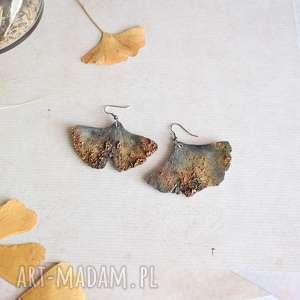 kolczyki w formie liści miłorzębu, liście dla niej