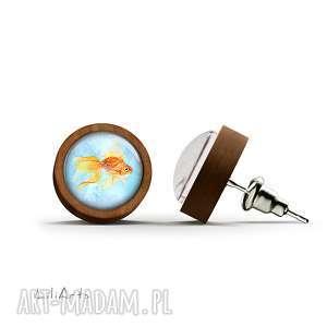 kolczyki drewniane - złota rybka sztyfty