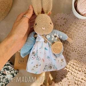 szydełkowa króliczka marta, ręcznie wykonane, maskotki, przytulanki