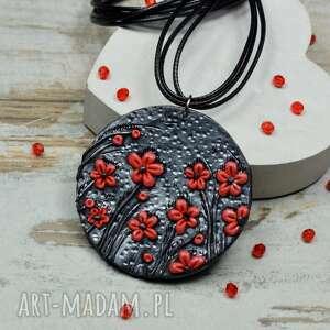 kameleon wisior czerwone kwiaty, wisiore kwiaty, czarno czerwony