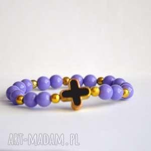 czarny krzyż w fioletowych koralach, fiolet, krzyż, czarny, nowość, prezent
