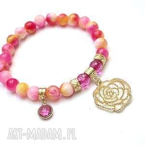 prezent na święta, magnolie /19 08 18/, kamienie, minerały, romantyczna