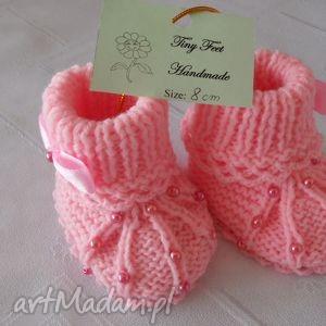 hand made buciki niemowlęce z perełkami