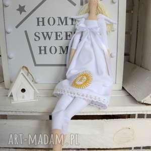 Pamiątka pierwszej komunii świętej anioł lalki