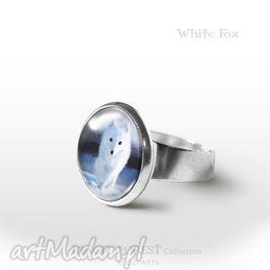 pierścionek - biały lis
