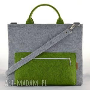 torba na laptopa w kolorze szarym i zielonym, pojemna filcowa torebka