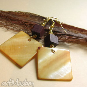 quadro, perły, drewno biżuteria